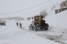 عملیات بازگشایی راه 30 روستای آذربایجان شرقی در جریان است