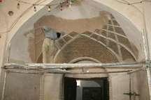 مرمت سردر ورودی کاروانسرای تاریخی   بازار نایین