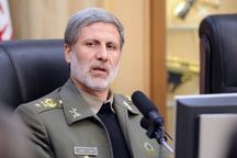 وزیر دفاع خبر داد: خودکفایی ایران در تامین نیازهای تسلیحاتی