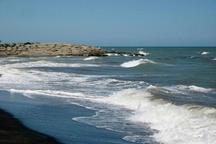 شرق خلیج فارس مواج است