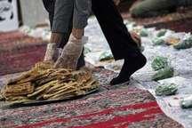 100 سفره افطاری ساده در بقاع متبرکه کردستان دایر شده است
