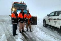 تردد در جاده های سردشت و اشنویه با زنجیرچرخ امکان پذیر است