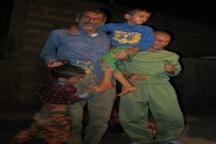 گزارشی از برزخ یک خانواده سه معلولی در حاشیه شهر یاسوج