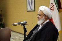 امام جمعه یزد: تداوم انقلاب در گرو ترویج فرهنگ ایثار و شهادت است