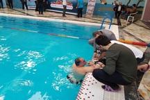 جانباز ارومیه ای رکورد شنای استقامت ایران را شکست
