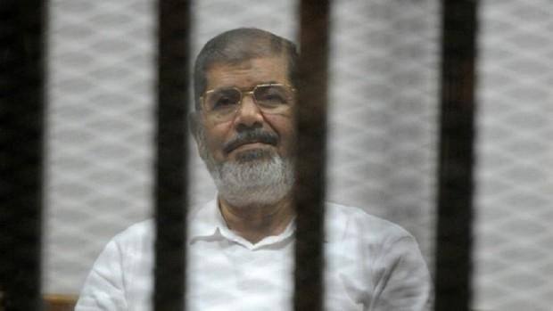 محمد مرسی رئیس جمهور سابق مصر درگذشت/ارتش و پلیس به حالت آماده باش کامل درآمدند