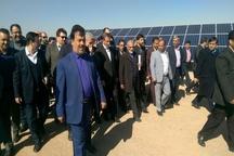 اولین نیروگاه خورشیدی یزد افتتاح شد
