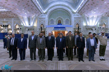 ادای احترام وزیر کشور عراق به مقام شامخ حضرت امام(س)