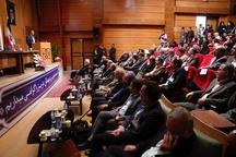 استاد اشراقی در معرفی هویت ایرانی  نقش بی بدیل داشته است