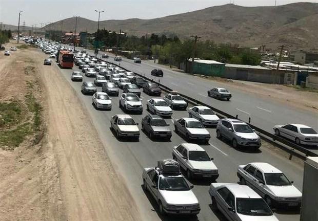 تردد خودرو در جاده های زنجان 17.43 درصد رشد یافت