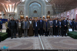 تجدید میثاق اصناف، نهادها، سازمان ها و اقشار مختلف مردم با آرمان های امام خمینی(س)