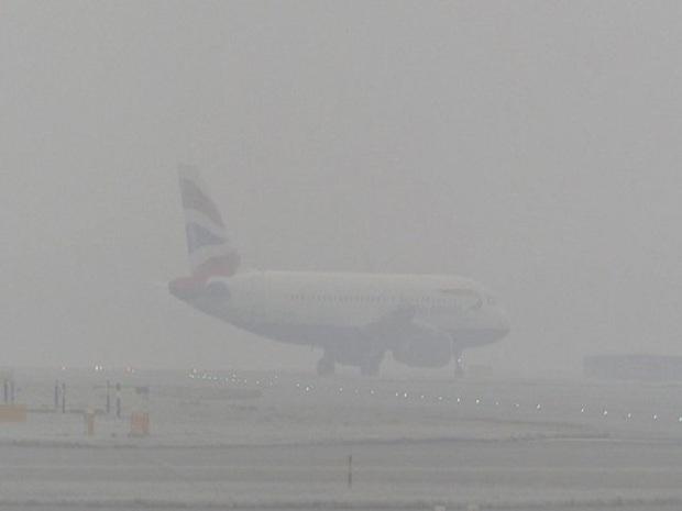 وضعیت جوی پروازهای فرودگاه مشهد متوقف کرد