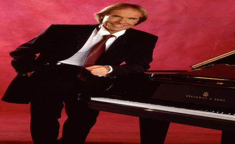 پیانیست فرانسوی «ای ایران» را مینوازد