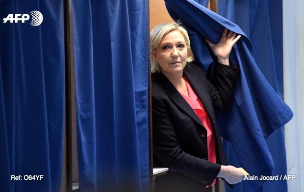 جبهه ملی فرانسه: با اتحادیه اروپا و شکلگیری اروپایی متشکل از ائتلافها مخالفیم