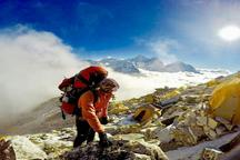 آرمان کوهنورد شیرازی، فتح قله مانسلو در رشته کوه هیمالیاست