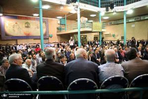 دیدار جمعی از پیشکسوتان ورزش کشور با سید حسن خمینی