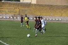 مسابقات فوتبال نوجوانان کشوردربروجرد آغازشد