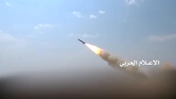 شلیک یک موشک بالستیک کوتاه برد به نیروهای ائتلاف عربستان در ساحل غربی یمن