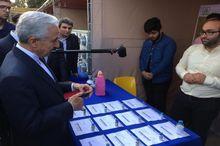 وزیر علوم نمایشگاه دستاوردهای پژوهشی دانشگاه مازندران را افتتاح کرد