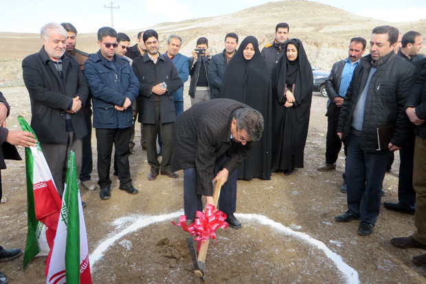 14 طرح عمرانی در روستاهای مراغه افتتاح و کلنگ زنی شد