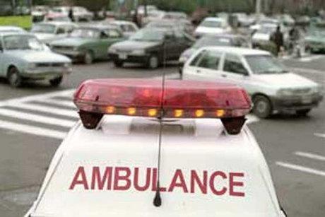 تصادف خودرو با کارگران راهسازی سه مجروح برجای گذاشت
