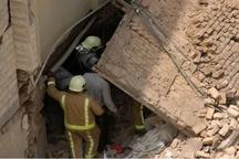 مجروح شدن سه نفر بر اثر ریزش آوار در مشهد