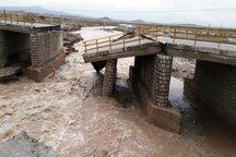 بارش شدید باران 20 دهنه پل در تنکابن را تخریب کرد