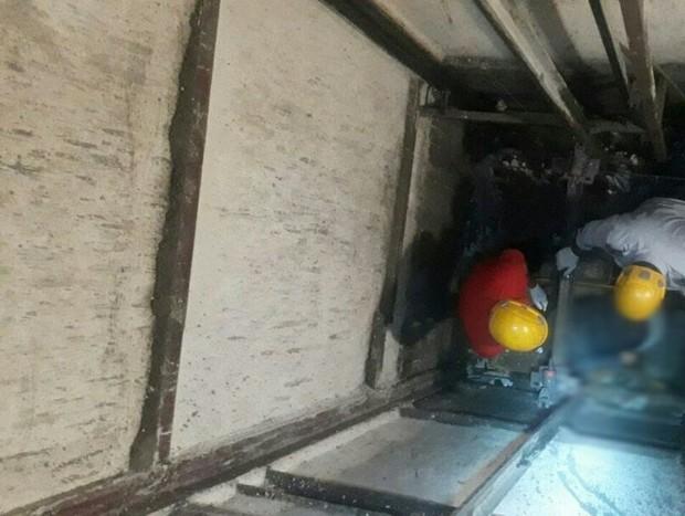 مرگ یک کارگر به دنبال سکوت به چاهک آسانسور
