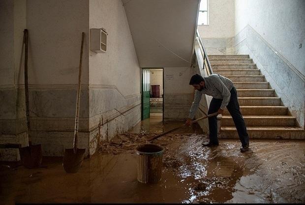 بازسازی مدارس آسیب دیده از سیل شیراز در حال انجام است