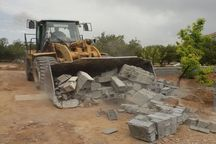 تخریب ساخت و سازهای غیرمجاز در قزوین ۴۸ ساعت متوقف شد