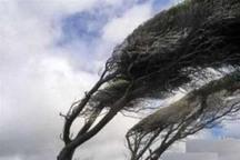 سرعت باد در قزوین به 79 کیلومتر رسید