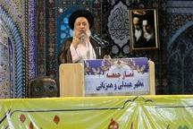 امام جمعه اهواز:دولت با مفسدان اقتصادی به شدت برخورد کند