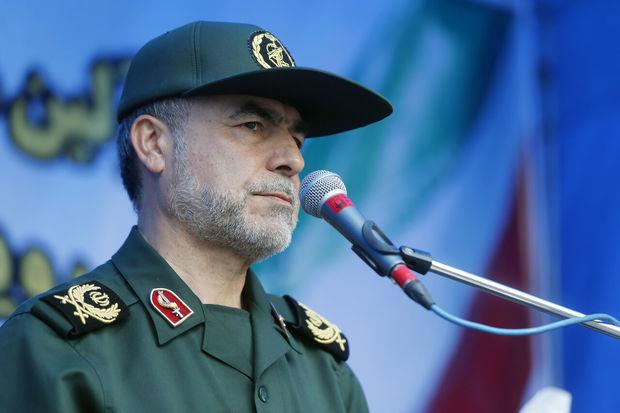 معاون سپاه پاسداران: ملت ایران فرعون زمان را به زانو درآورده است