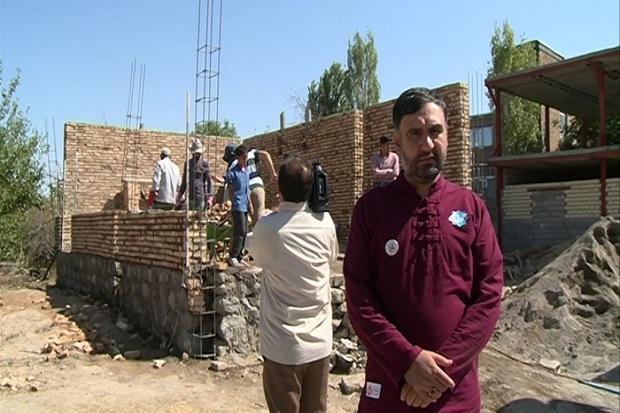دانش آموزان مدرسه ادب تهران 24 خانه در مشگین شهر ساختند