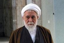 آقای جواد لاریجانی حق فتوا در مسائل شرعی را ندارد