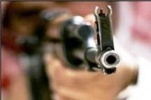 رئیس بانک ملی اسپکه نیکشهر در تیراندازی افراد ناشناس زخمی شد