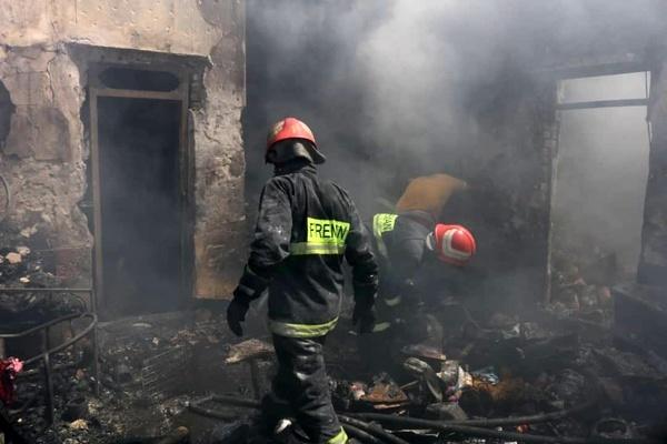۸ کشته و مصدوم در حادثه آتشسوزی منزل مسکونی در آبادان