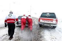 امدادرسانی هلال احمر گیلان به 6 نفر از افراد گرفتار در برف املش