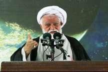 امام جمعه بندرعباس:کاندیداهای رئیس جمهوری ، مجلس وشوراها مطیع قانون باشند