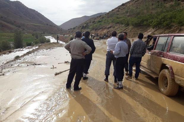 سیلاب رفت و آمد مسیر شاهرود- گرگان را مختل کرد