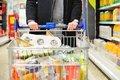 افزایش خودسرانه قیمت ها نگران کننده است