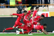 تیم فوتبال پرسپولیس با تاخیر عازم مشهد شد