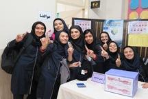 انتخابات شورای دانش آموزی در مدارس همدان برگزار شد