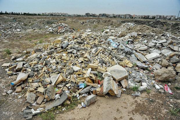 نخاله های ساختمانی زنجان در مکان جدید تخلیه می شوند