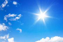 دمای قم در ایام نوروز امسال نسبت به میانگین بلند مدت 5 درجه گرمتر است