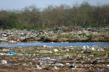 پلاستیک و نایلون برای آب و خاک خطرناک است