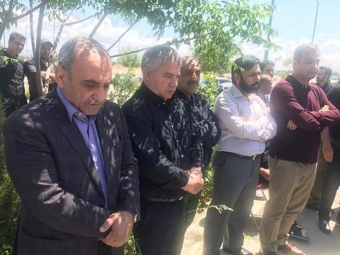 گرشاسبی در مراسم خاکسپاری برادرزاده پروین حاضر شد + عکس