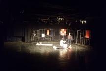 تئاتر کرمان دچار آفت شده است