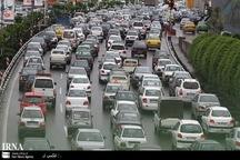 تردد خودروها در محورهای استان تهران پرحجم است