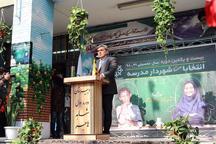 شهردار تهران پای صندوق انتخابات شهردار مدرسه